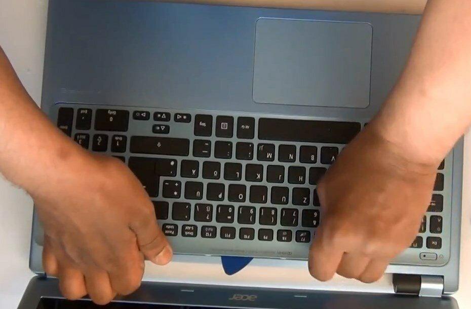 разобрать Acer Aspire V5 571 MS2361 снять клавиатуру