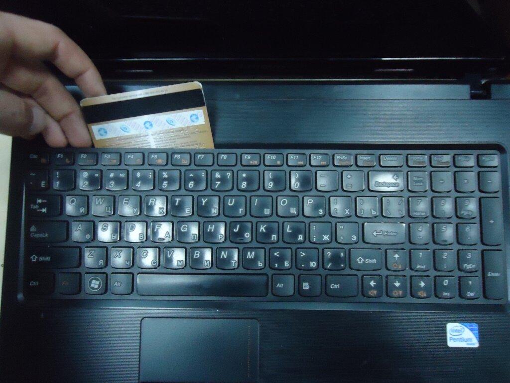 разборка Lenovo G570 снять клавиатуру