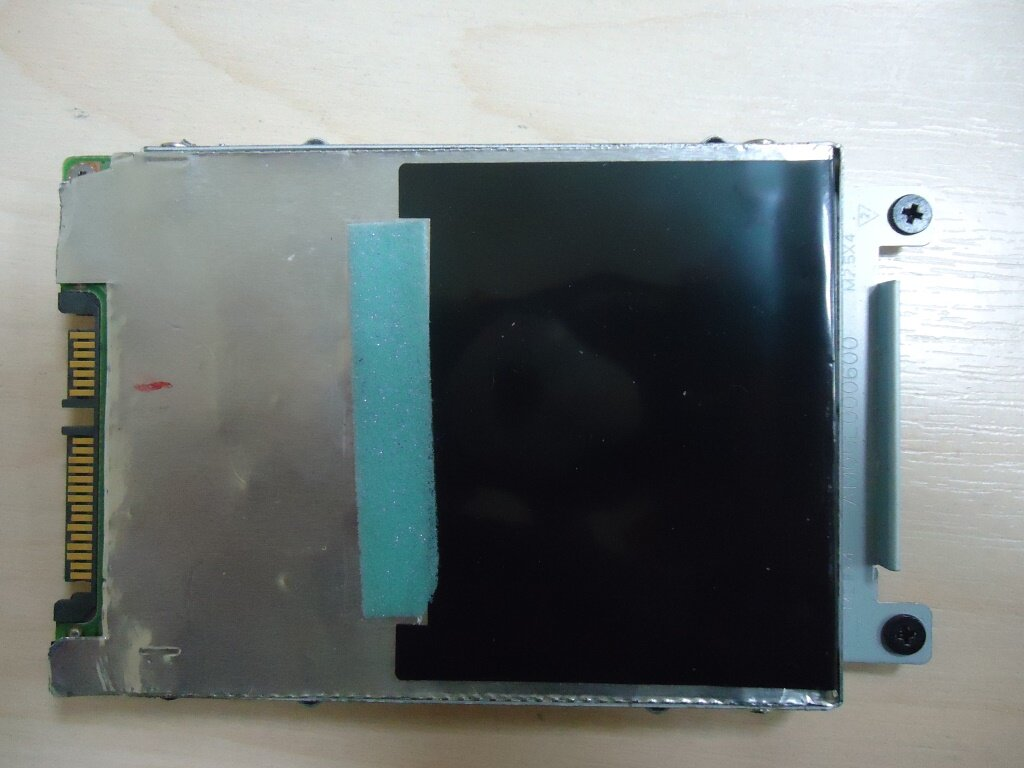 разборка Lenovo G570 жесткий диск