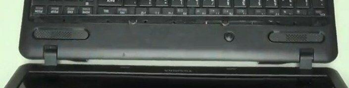 Разборка Toshiba Satellite C660 снять клавиатуру