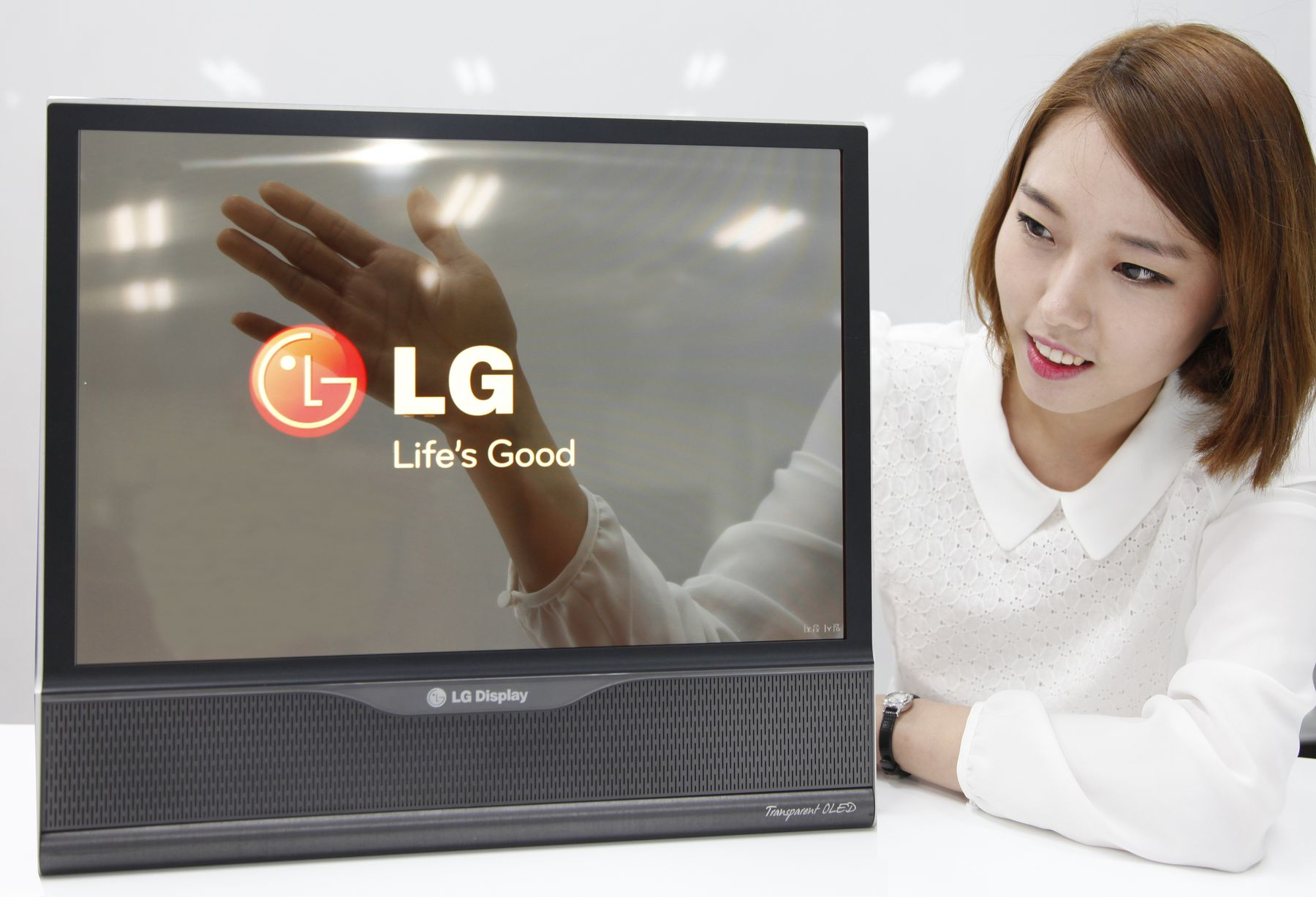Прозрачный LG-OLED